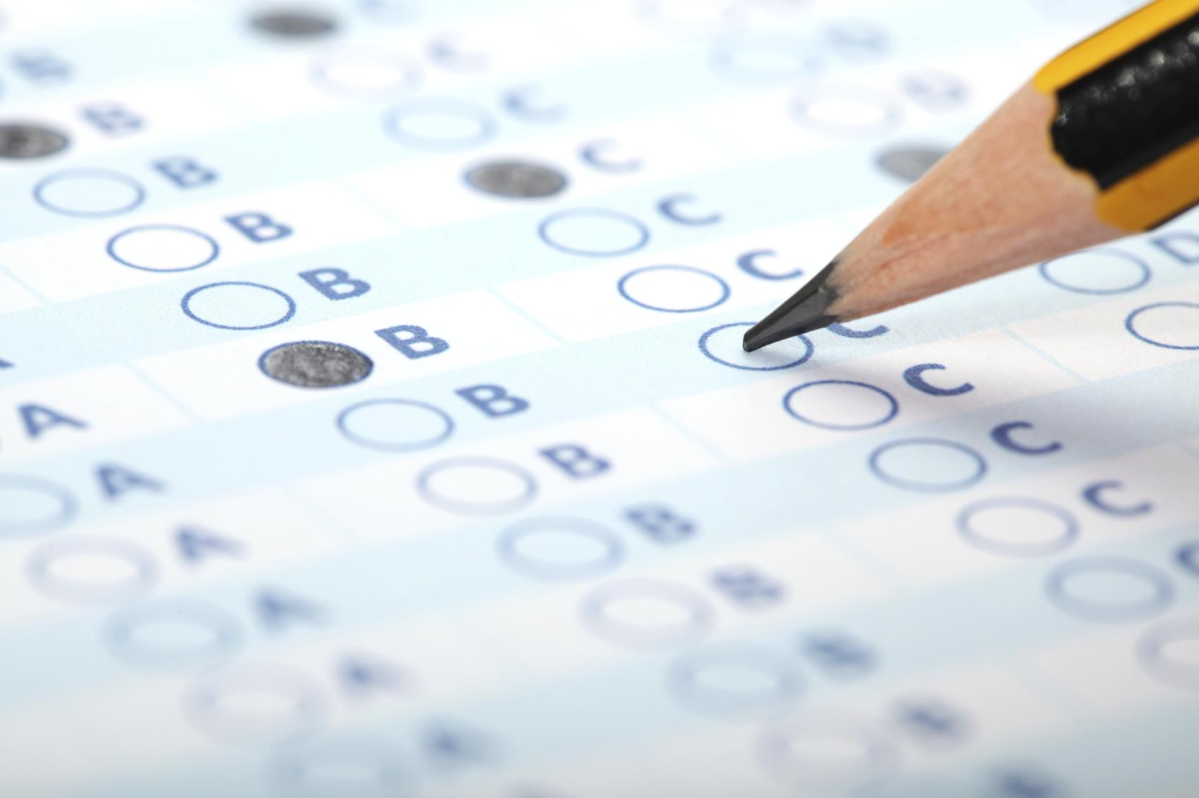 12 راهنمایی برای گذراندن امتحانات CFA از مردی که سوالات را می نویسد